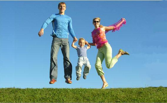 http://grawitacja44.files.wordpress.com/2009/11/happy-family-apogen.jpg